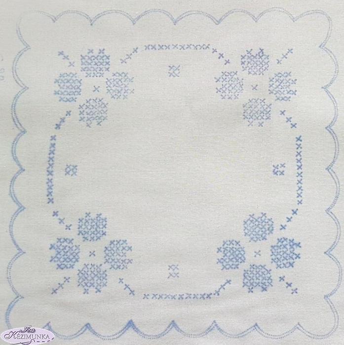 e09063b28a Keresztszemes előnyomott fehér szegettlen 20x20 cm   Kézimunka Webáruház